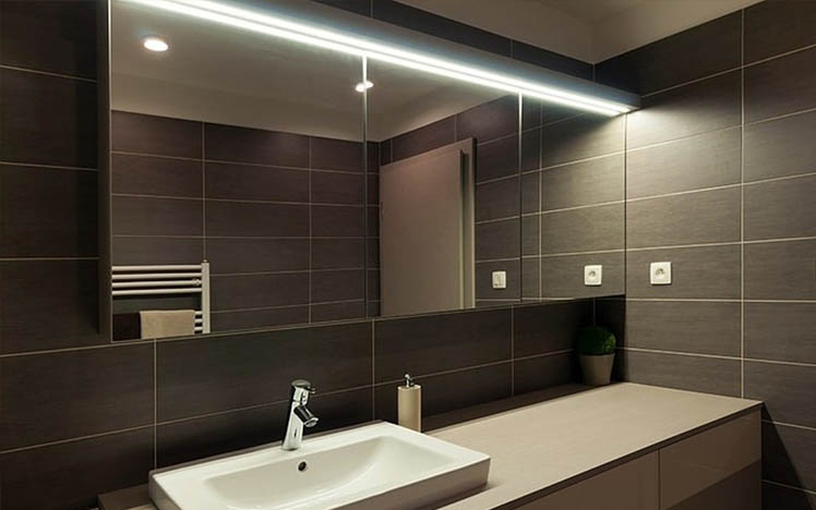 luminaires salle de bain interesting applique simplis led x w led intgre blanc froid with. Black Bedroom Furniture Sets. Home Design Ideas
